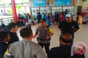 Libur Lebaran, Warga Senang Polisi Jaga di Objek Wisata