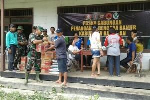 Kodim Sampit Bawa Bantuan Untuk Korban Banjir Katingan