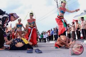 Karnaval Budaya Tutup Pergelaran Kemah Budaya Nasional