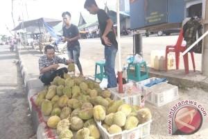 Durian Murung Raya Banyak Dijual ke Luar Daerah