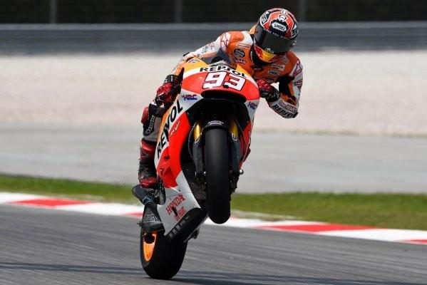 Dovizioso Terjatuh, Marquez Juara Dunia MotoGP 2017