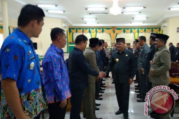 Perda APBD-P 2017 Lamandau Disampaikan Kepada Gubernur Kalteng