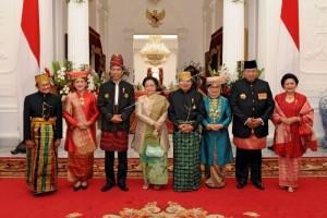 Yasonna Laoly Pemakai Baju Adat Terbaik pada Upacara HUT RI