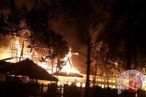Kebakaran Hanguskan Bangunan MAN Sampit