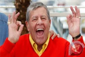 Kabar Duka, Komedian Jerry Lewis Tutup Usia