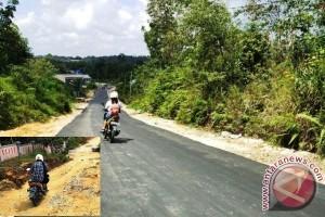 Jalan Lingkungan di 9 Kelurahan di Gunung Mas Dibenahi