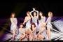 "Album Terbaru SNSD ""Holiday Night"" Puncaki Tangga Billboard"