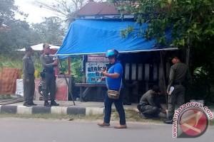 Satpol PP Kotim Sisir Lapak di Trotoar Jalan
