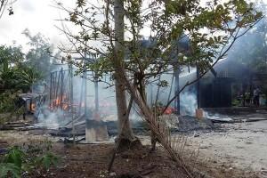 Rumah Kades Mangaris Barito Selatan Ludes Terbakar