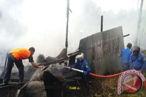 Sebuah Rumah di Sampit Hangus Terbakar