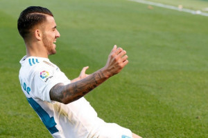 Ceballos Antar Real Madrid Tundukkan Alaves