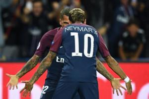 Neymar dan Cavani Sumbang Gol, PSG Tundukkan Bayern