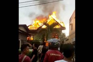 Sebuah Rumah di Muara Teweh Ludes Terbakar