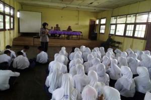 Pelajar Sampit Diberi Pemahaman Mengenai Bahaya Narkoba