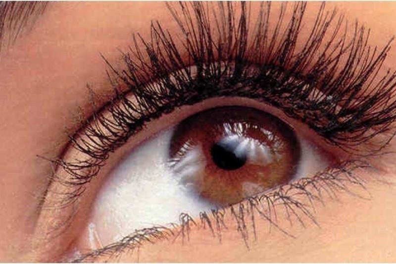 Komentar ahli kesehatan mengenai ekstensi bulu mata