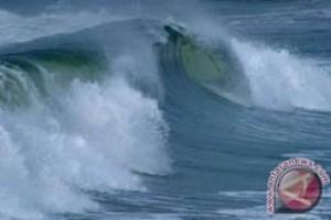 Gelombang Laut China Selatan Capai Enam Meter