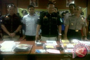 Polisi Karimun Amankan Dua Kilogram Sabu WNA