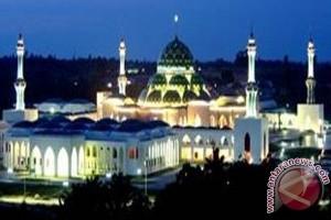 Masjid Agung Natuna Kebanggaan Umat di Perbatasan