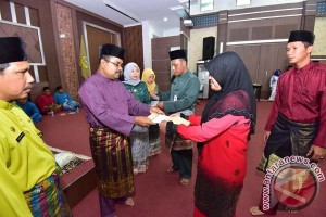 Pemkab Karimun Naikkan Tunjangan Honorer pada 2016