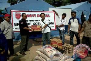 Bantuan Korban Longsor Batam Mulai Berdatangan