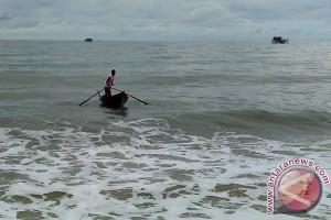Berhenti Mengajar, Sapri Alih Profesi Jadi Nelayan