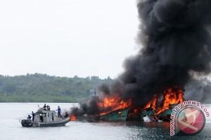 PSDKP Tenggelamkan Kapal