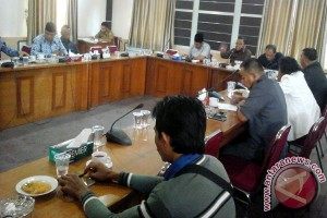 LKS Tripartit Minta DPRD Prioritaskan Perda Ketenagakerjaan