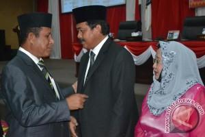 DPRD Kepri Tetapkan Usulan Nurdin sebagai Gubernur