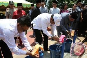 Sistem Penyediaan Air Minum Pulau Sarang Diresmikan