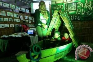 Stan Suku Laut Meriahkan Bazar HUT Lingga