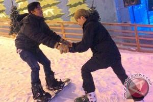 Snow City Singapura Buka Pelatihan Ski