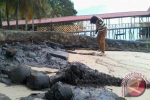 60 Ton Limbah Cemari Pantai Utara Batam