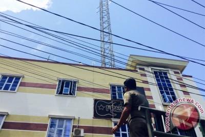 Satpol PP Tanjungpinang Segel Tower Tak Berizin