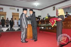 Ketua DPRD Natuna Lantik Yohannes Gantikan Abil