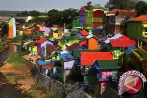 Pemkot Tanjungpinang Puji Kampung Warna-Warni Malang