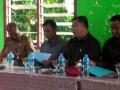 Anggota DPRD dapil Kundur (Rasno, Abdul Hafid, dan Azmi saat menggelar pertemuan dengan warga. (foto: Setwan DPRD Karimun)