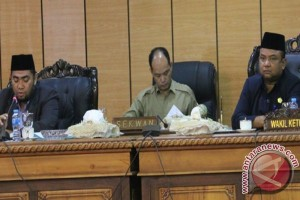 DPRD Karimun Siapkan Perda Bangunan Gedung