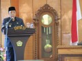 Wakil Bupati Karimun Anwar Hasyim memberikan tanggapan terkait laporan pansus Rancangan Perda Pendidikan.