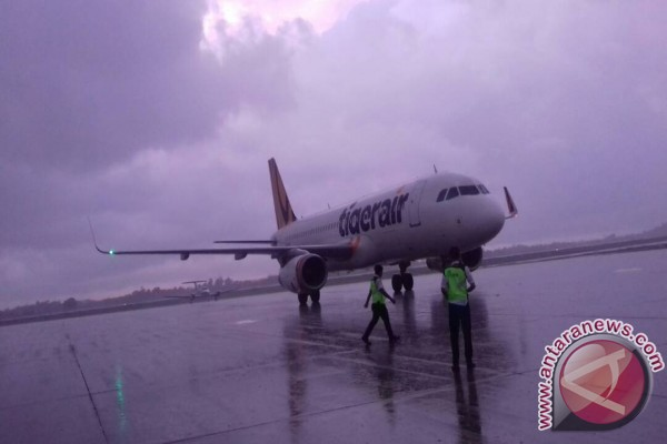 Tiga Pesawat Tujuan Singapura Dialihkan ke Batam