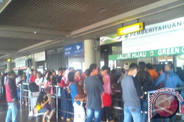 TKI dari Malaysia Dominasi Penumpang Hang Nadim