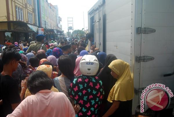 Pemkab Karimun Salurkan Bantuan 1.500 Paket Sembako