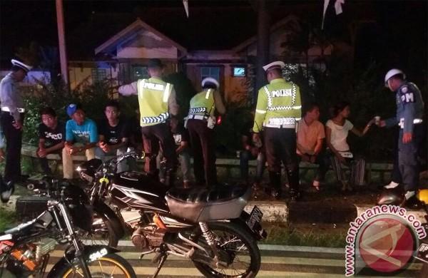 Aparat Gabungan Razia Geng Motor di Tanjungpinang