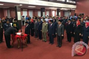 Wali Kota Lantik 7 Pejabat dan Kepala Sekolah