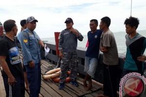 "Kapal Nelayan Karimun Karam Diduga Ditabrak ""Tugboat"""