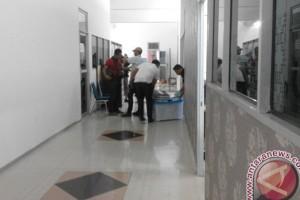 Polisi Geledah Kantor Dinas Sosial Karimun