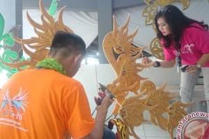Kostum Sang Sapurba Semarakkan Karnaval WACI 2017