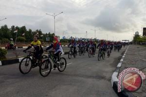 "Puluhan Pesepeda Asing Ikuti ""Fun Bikes"" Karimun"