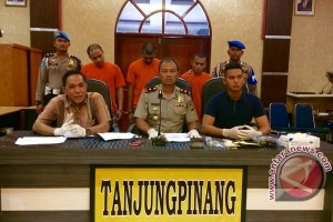 Polisi Tanjungpinang Tangkap Enam Orang Pengedar Narkotika