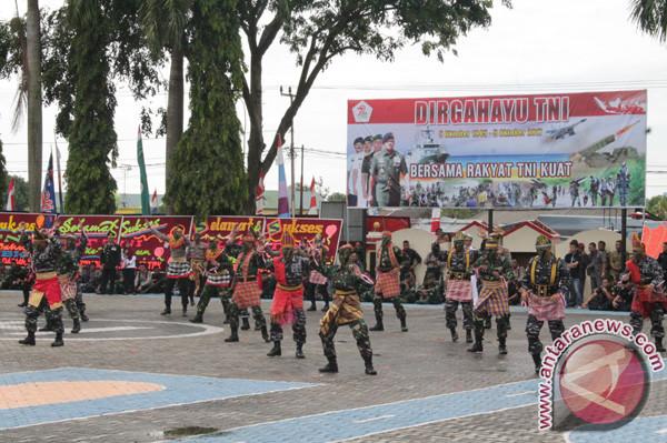 HUT ke-72 TNI Dirayakan di Kantor Polisi