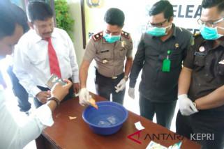 Polres Natuna musnahkan sabu-sabu